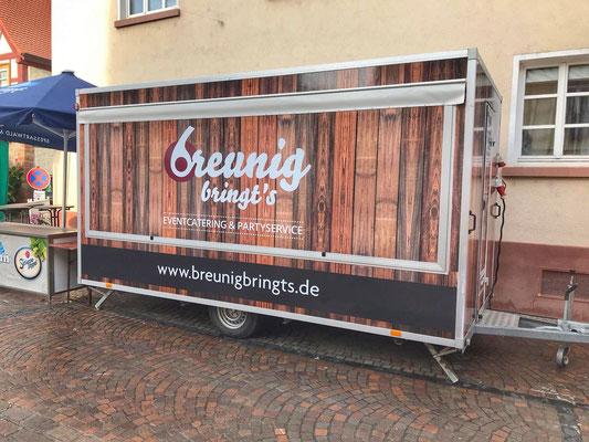 Grill- und Imbisswagen von Breunig bringt's