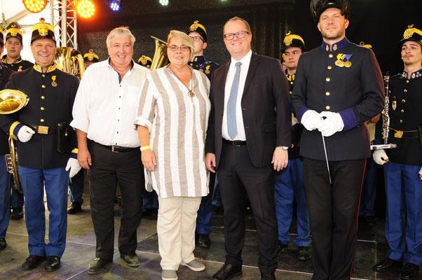 Staatssekretär MMag. DDR. Hubert Fuchs, Bürgermeisterin Schwechat Karin Baier, Bezirksvorsteher 11. Bezirk Paul Stadler