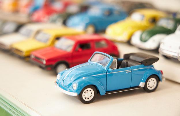 Nostalgisches Blechspielzeug, Fahrzeuge