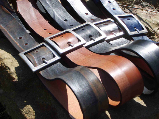 cinture artigianali in cuoio