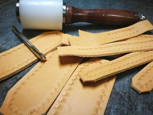 cinturini in cuoio fatti a mano