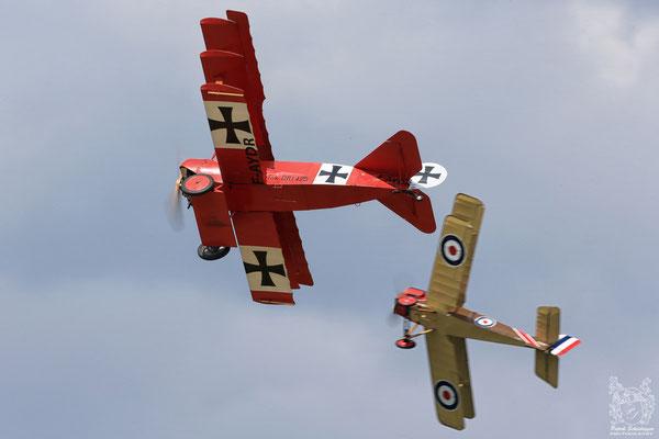 Fokker DR-1 Triplane (replica) & Royal Aircraft Factory SE-5A Replica