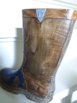 Rubber Laarsje hout close-up