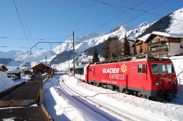 Skiferien im Wallis? Die Bahn verbindet Zermatt mit dem Oberwallis. Lernen Sie mehr als nur Zermatt kennen