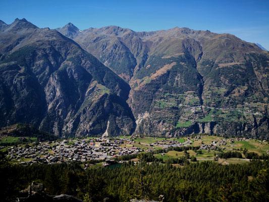 Aussicht auf Grächen - Hochtouren Zermatt oder Saas-Fee