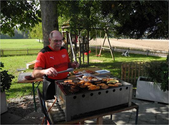 Festtag Schweiz 1. August beliebt grillieren und Risotto