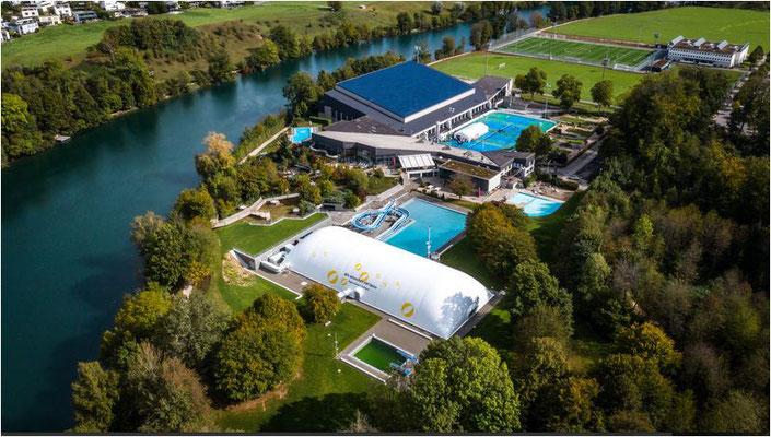 Veloferien Sportzentrum mit Wellnesspool und 50m Hallenbad