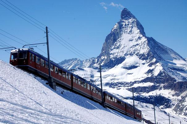 Skifahren Schweiz Zermatt - das grösste Skigebiet ganzes Jahr offen! Aber auf Skifahren Schweiz mehr gute Skigebiete