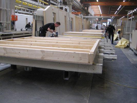 Hauptsächlich wird Fichtenholz verbaut