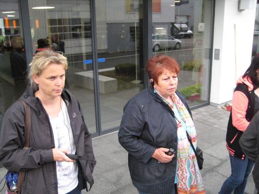 Frau Möller und Frau Kreis und Herr Isenberg waren mit