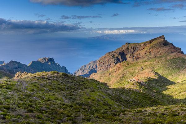 Tenogebirge mit Blick auf La Gomera