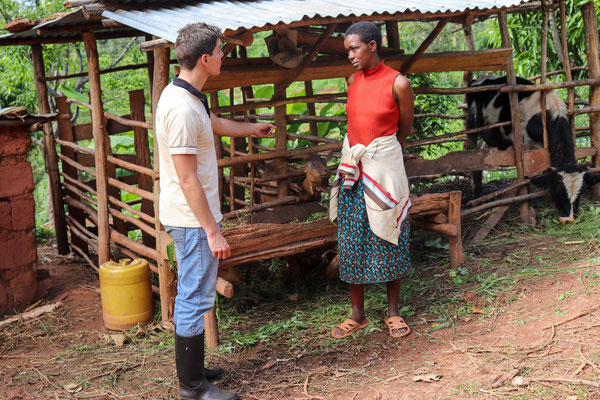 Asking a beneficiary about her development and experience with keeping goats