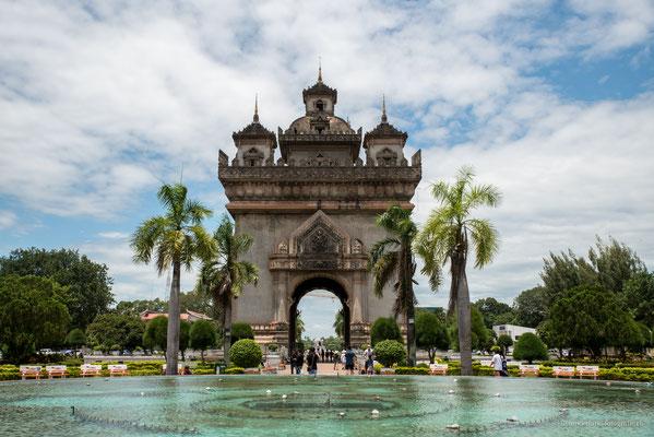 Victory Monument Vientiane