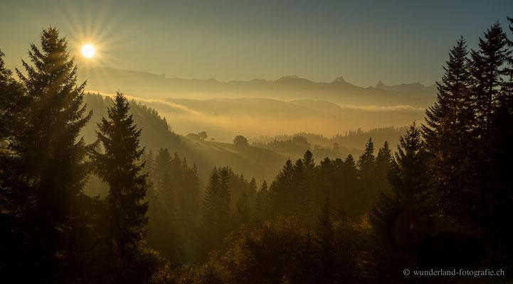 Sonnenaufgang im Emmental