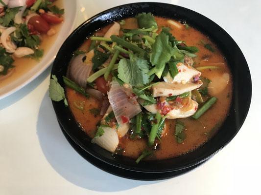 Fertig ist die scharfsaure Suppe.