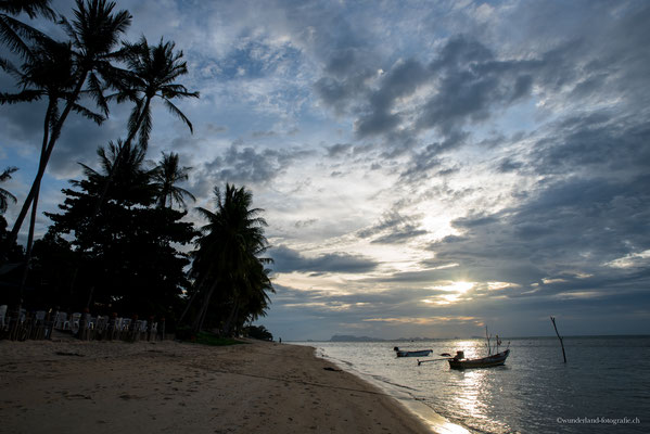 Sonnenuntergang an unserem Strand in Koh Samui