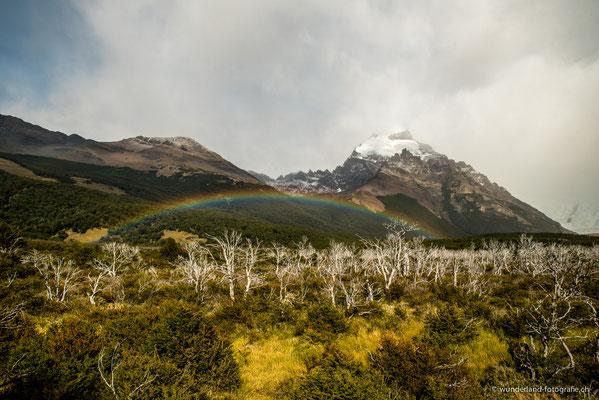 Regenbogen auf dem Weg zur Laguna Torre