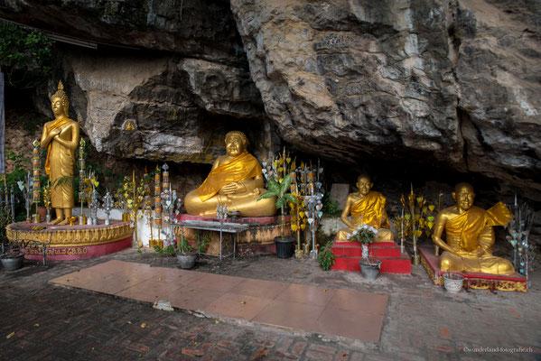 Tempel auf dem Weg zum Phu Si