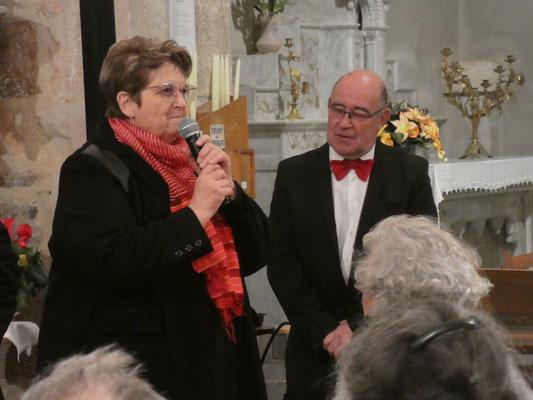 La chef de choeur : Claudine POMPèLE - l'accompagnateur : Franc SAINT-PAUL