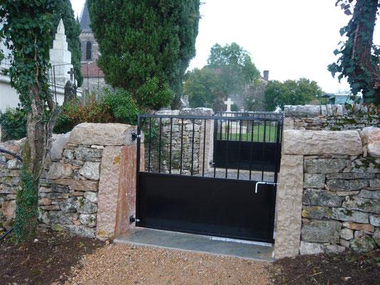 22 octobre : passage entre l'ancien et le nouveau cimetière