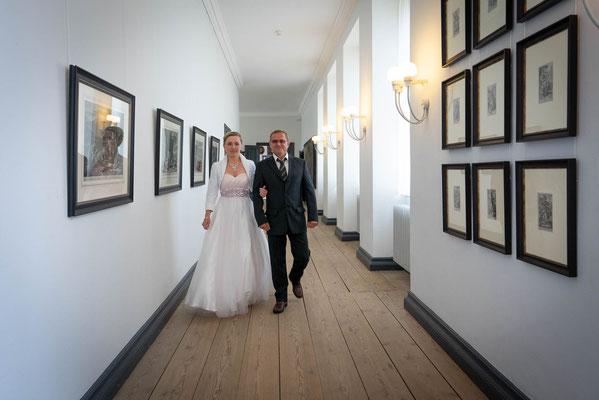 Fotograf für Eure Hochzeit im Schloss vor Husum