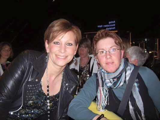 Claudia Jung & Tanja Esser aus Zülpich - Spielbank Duisburg - 26.02.2011