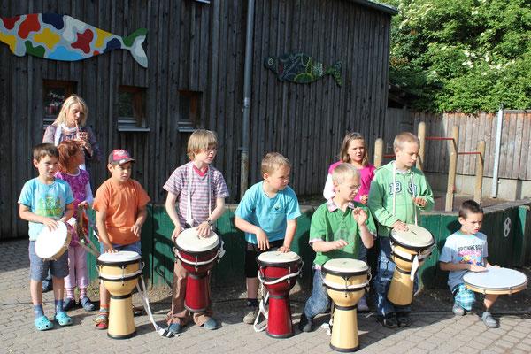 Trommelgruppe beim Aktionstag Musik