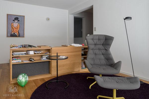 Wohnzimmer | Sideboard | Eiche massiv | Herz & Hobel | Schreinerei München