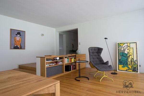 Wohnzimmer | HIFI-Board | Eiche massiv | Herz & Hobel | Schreinerei München