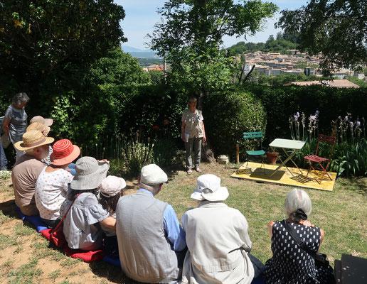 Présentation par Mme E.Maurice de la L.P.O des chants des oiseaux dans le Jardin