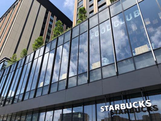 1,2階の商業エリアは全31店舗