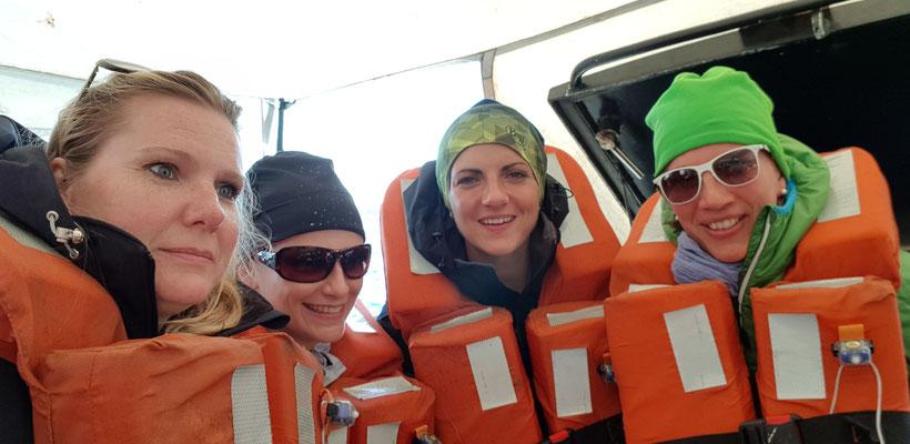 Skudeneshavn: 18h wir wagen uns auf Richtung Lysefjord, allerdings mit Schwimmwestenpflicht