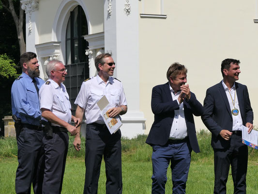 Polizeichefs mit dem Landrat unter sich