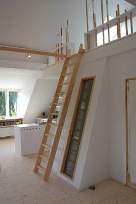 Die Leiter zur Galerie