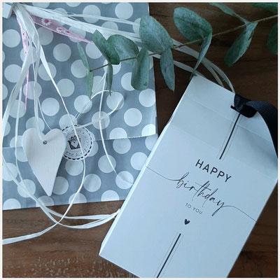 Geschenkgutscheine mit verschiedenen Motiven