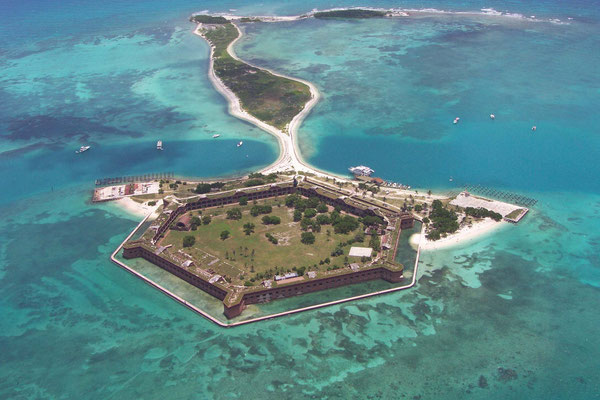 Fort Jefferson mit Bush Key aus der Vogelperspektive
