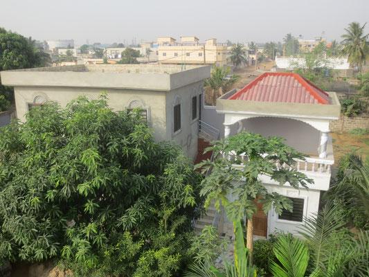 Appartement mit Terrasse.