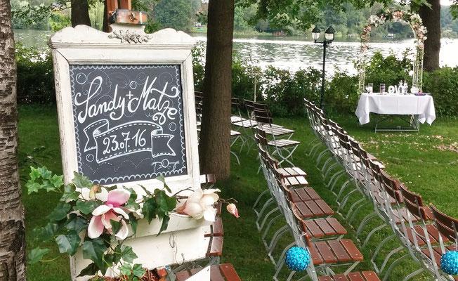 Bild: Hochzeitstafel, AMG-Freie Rednerin im Strandhus