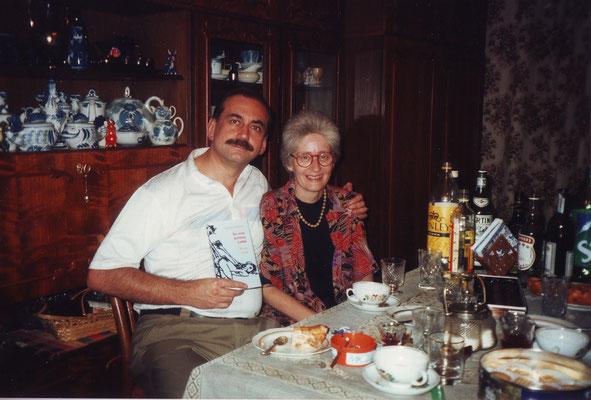 Claudia Erdheim und Andreji Jachontow, Schriftsteller und Journalist, Moskau 1998