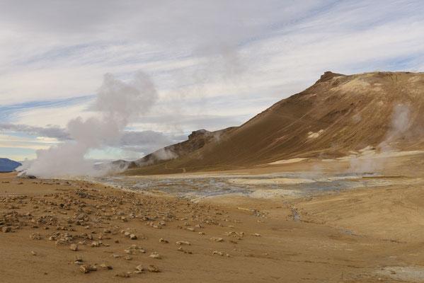 Hverir Solfatare Field
