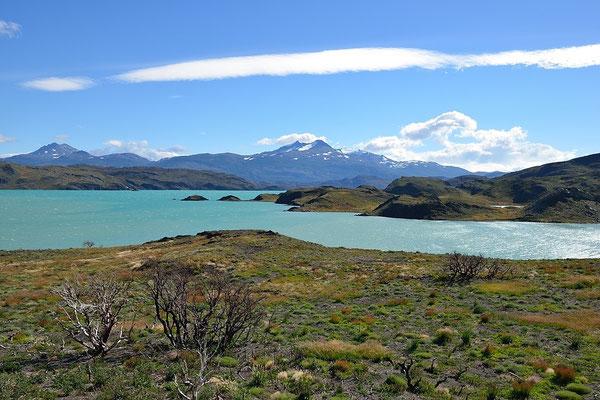Lago Pehoe - Torres del Paine NP
