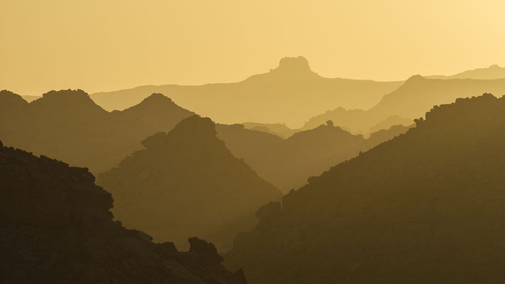 Akakus Mountain range / Libya