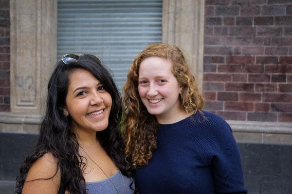 Freundin Adriana (links)
