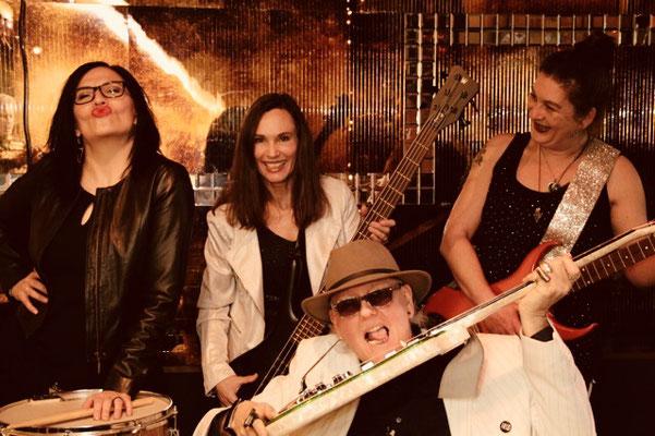 Photo by  Melaani Frei (Gogo & The Gogo Girls!)