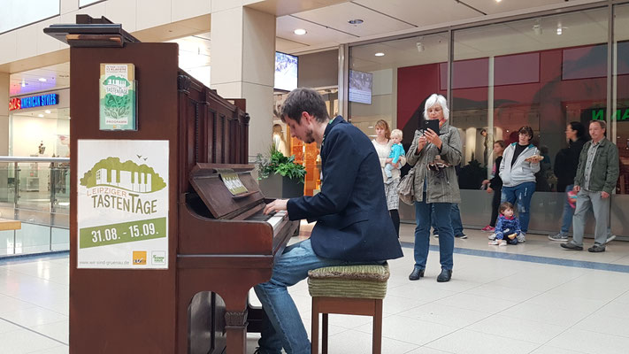 Felix Windberg Piano Musik Leipzig Grünau Allee Center