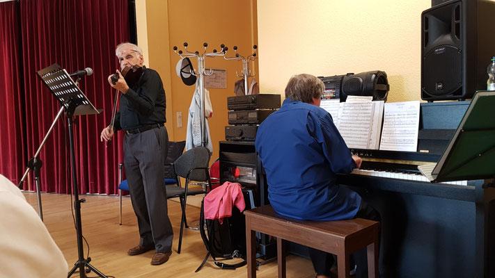 Piano Musik Leipzig Grünau Volkslieder KOMM-Haus