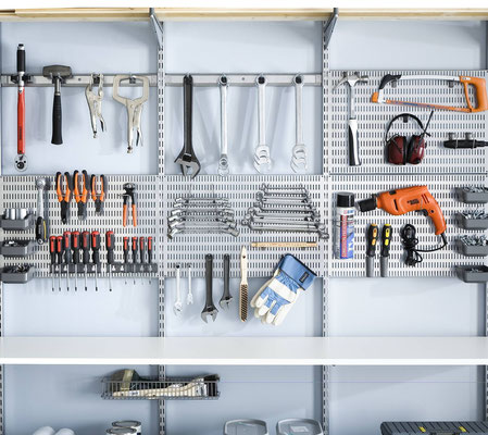 Garageneinrichtung, Elfa Regalsystem, Garagenregal, Regale für Keller, Kellerregal Werkzeug
