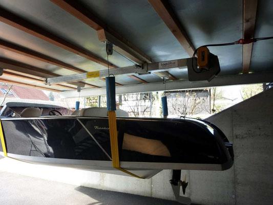 Bootsaufzug in der Garage