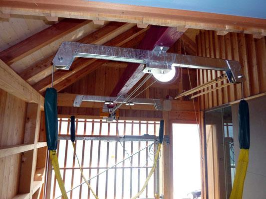 Auch für ungewöhnliche Dachstühle gibt es solide Hebelösungen