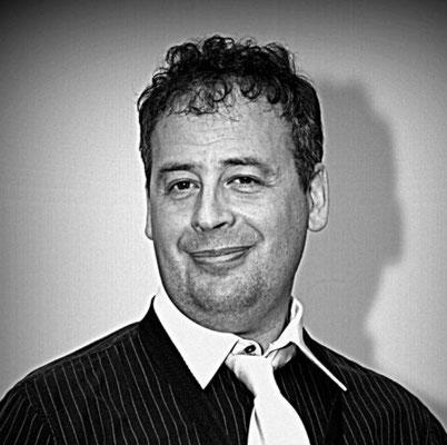 Renzo - Sax Contralto e Direttore Musicale